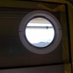 エアコン取り付け 窓ガラス交換ダクト取付け 窓が開閉できる