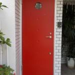 玄関ドアリフォーム 丸窓のあるかわいいドア