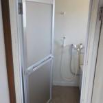 お風呂のドアの交換 お風呂のカビ リフォームで解決