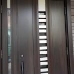 玄関ドア ドア交換リフォーム 風の入るドア 防犯性向上