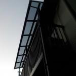 バルコニーの屋根取付 洗濯物干し場の屋根 テラス工事