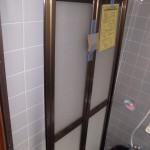 浴室リフォーム ドアの交換 カバー工法で壁を壊さないで1日工事完了