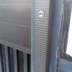 玄関の鍵交換 玄関引き戸の鍵交換
