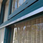 網戸レールの無い窓に網戸を取り付ける